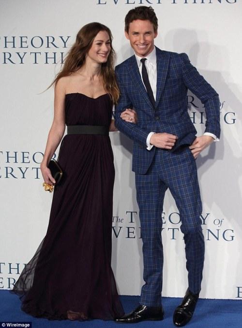 Golden Globe-Nominee Eddie Redmayne and Fiance Hannah Bagshawe