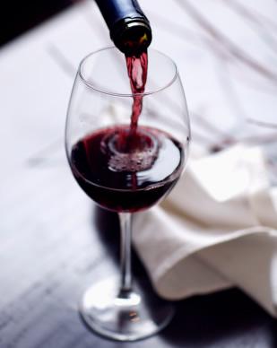 Bordeaux-Wine-Garnet-Engagement-Ring-Post