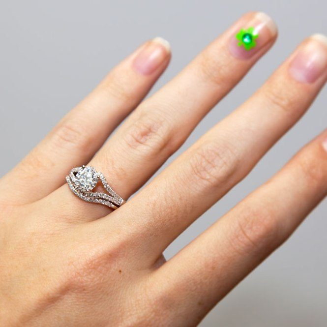 Coast_Diamond_e-ring_shamrock
