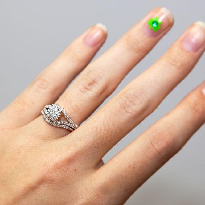 Coast_Diamond_e-ring_shamrock