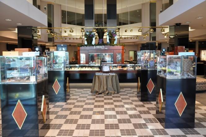 J-Brown-Jewelers-Coast-Diamond-Featured-Retailer-Pikesville-Maryland-Engagement-Ring-Store