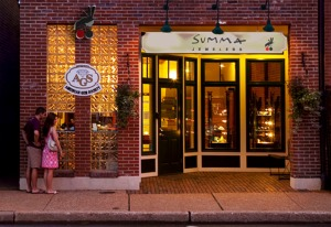 Kirkwood, Missouri: exterior, Summa Jewelers, 7/24/09 (photo: Ann Summa).