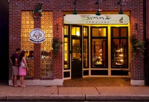 Kirkwood, Missouri: exterior, Summa Jewelers, 7/24/09 (photo: Ann Summa).