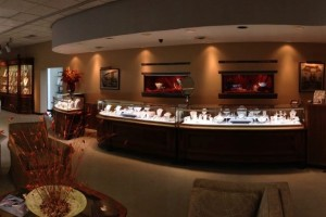 rufus-lewis-jewelers-spartanburg-sc-interior-antique-showcases
