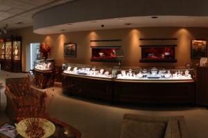 rufus-lewis-jewelers-spartanburg-sc-interior-antique-showcases