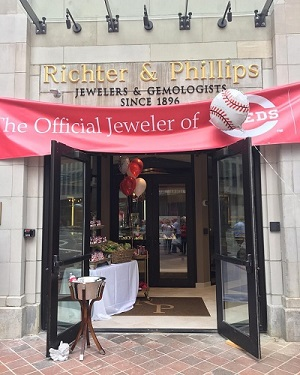 Richter & Phillips The official jeweler of the Cincinnati Reds
