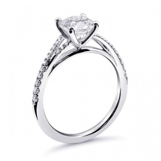 Coast Diamond solitaire engagement ring lc6054 petite fish tail diamond split band side view