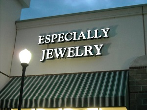 Especially Jewelry Lee's Summit MO Storefront