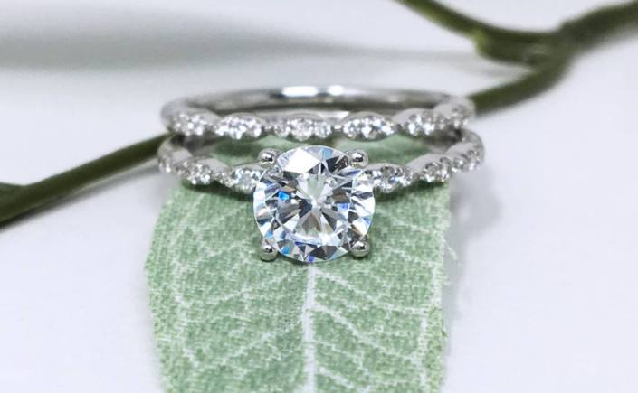 Coast Diamond scalloped engagement ring LC6101