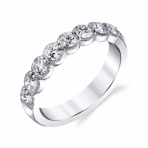 Coast 1.01 ct scalloped diamond band WS20002