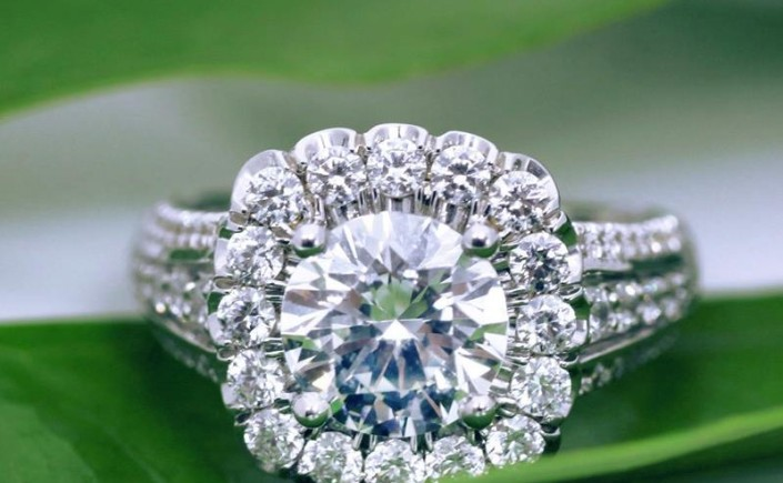 Coast Diamond 3+ carat floral inspired engagement ring LS10143