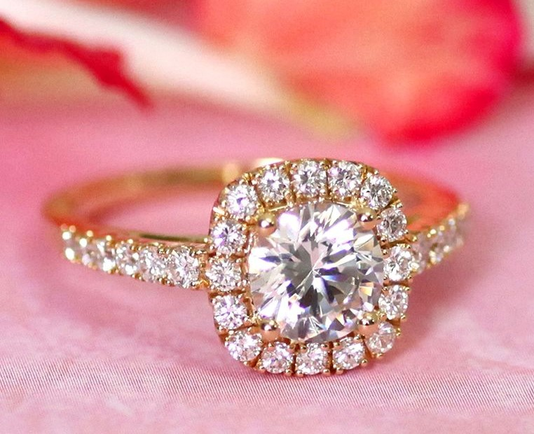 Mix Texture & Color to Create Your Coast Diamond Wedding Set at Quenan's Jewelers of Georgetown, TX